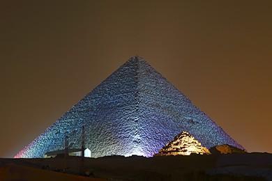 Show de luz e som nas pirâmides